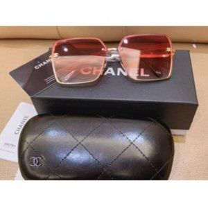 CHANEL Oversized Square Metal Sunglasses YJ028